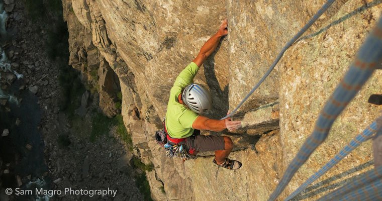 Multi pitch climbing classes, traditional rock climbing classes, climbing guides, AMGA, IFMGA