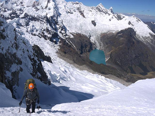 Alpamayo, Peru