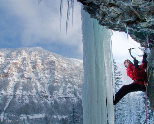 Hyalite Canyon, mixed climbing, ice climbing, climbing guides, montana alpine guides